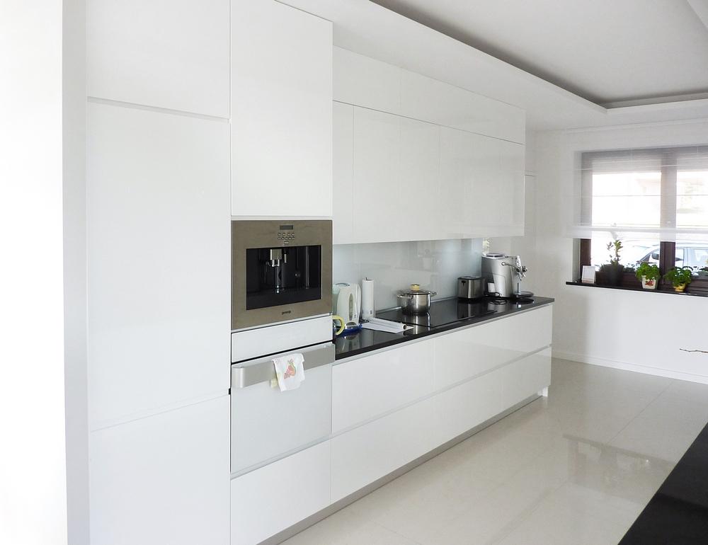 Kuchnia biała -> Kuchnia Biala Fuksja